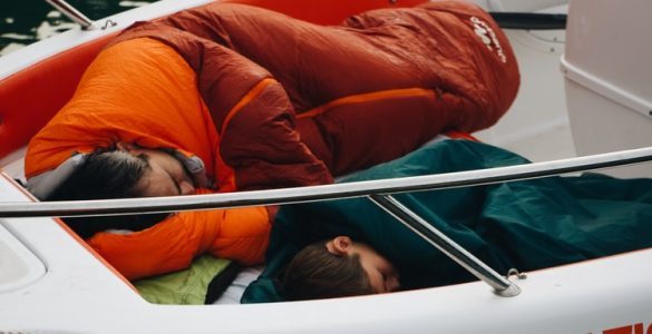 feature2-best-sleeping-bag-camping