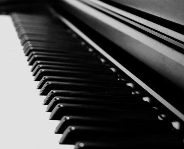feature-88-keys-digital-piano