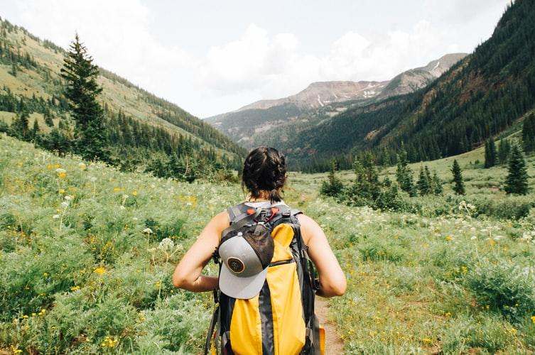 backpack-hiking-travel