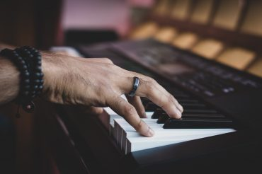 difference between keyboard and digital piano