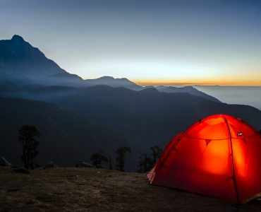 how to fold pop up tent